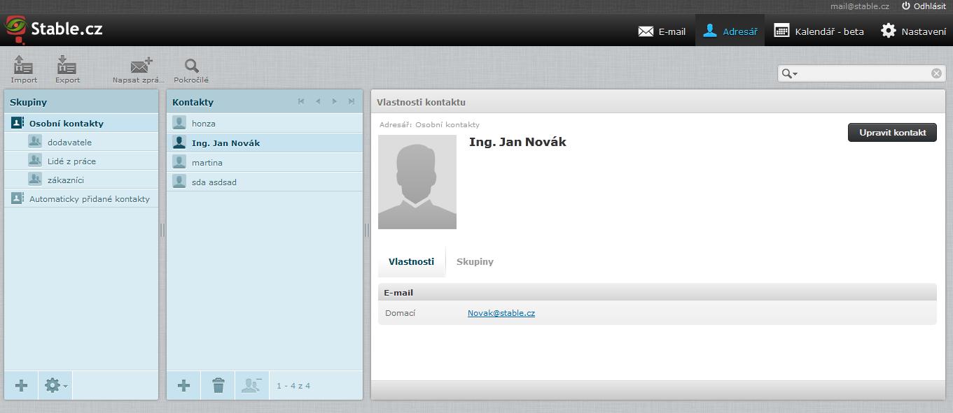 Adresář kontaktů ve webmailu. Stačí odeslat zprávu přes webmail a email se automaticky uloží do kontaktů.